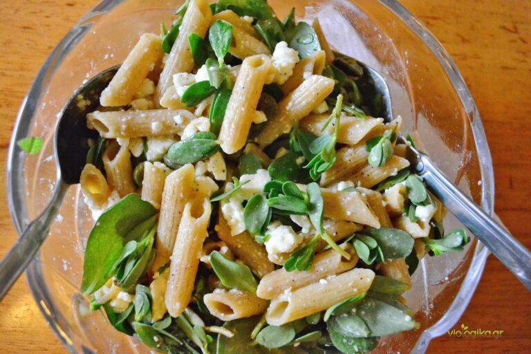 Πένες σαλάτα με αντράκλα και φέτα